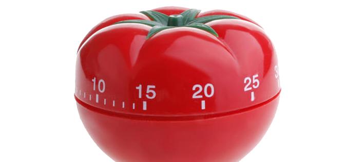Reloj de cocina con forma de tomate